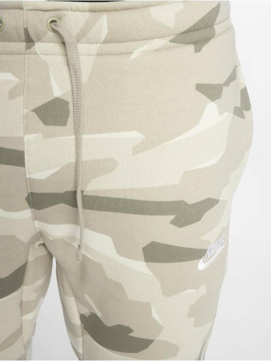 2865e5e08a4 Nike broek / joggingbroek Sportswear in groen 587257