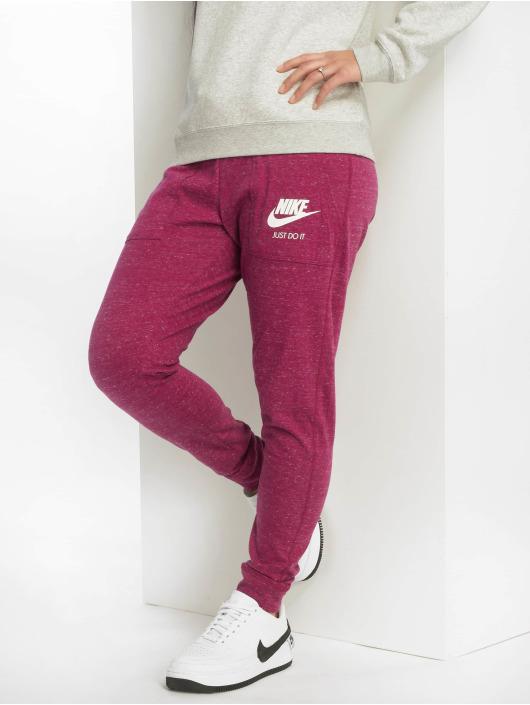 6f224f2871e Nike Bukser / Joggingbukser Sportswear Gym Vintage i rød 581351