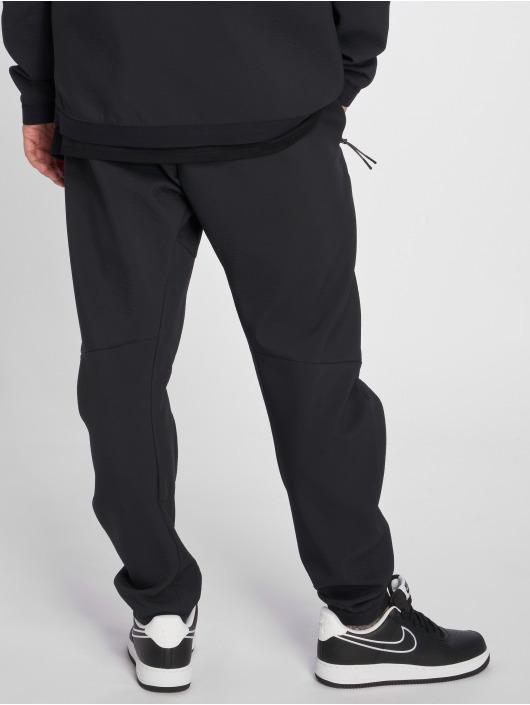 Nike Joggingbyxor Sportswear Tech Pack svart