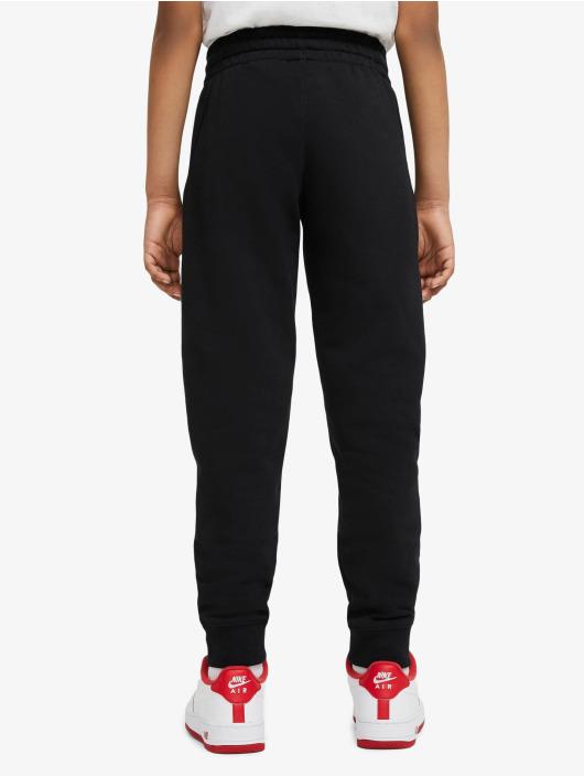 Nike Joggingbyxor Club svart