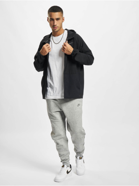 Nike Joggingbyxor Nsw Revival svart