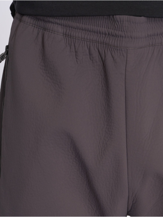 Nike Jogginghose Tech Pack grau