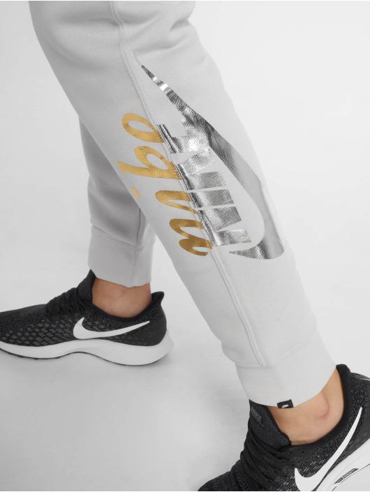 Nike Jogginghose Sportswear Rally grau