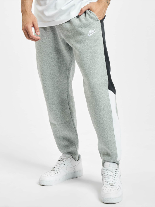 Nike Jogginghose BB CB grau
