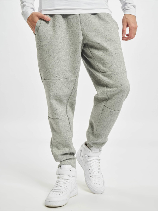 Nike Jogginghose Nsw Tech Flc Revival grau