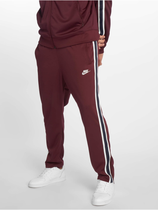 Nike Jogginghose Sportswear rot