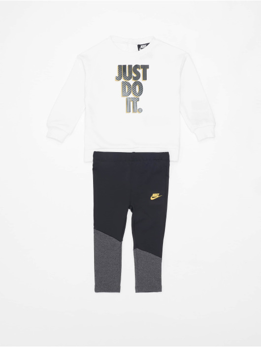 Nike Joggingsæt Go For Golden sort
