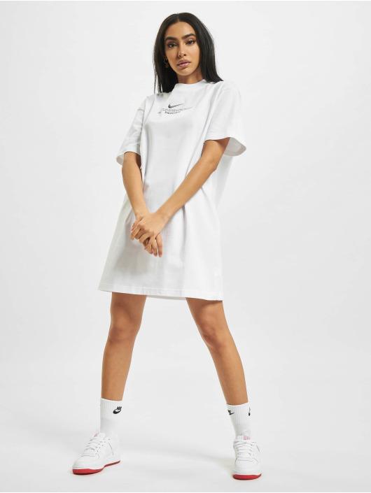 Nike Klær W Nsw Swsh SS hvit