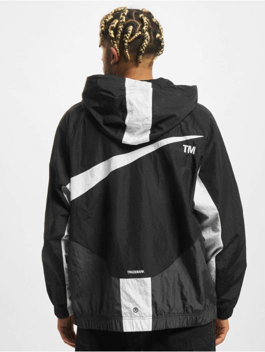 Nike Kurtki przejściowe Swoosh Woven Lnd czarny