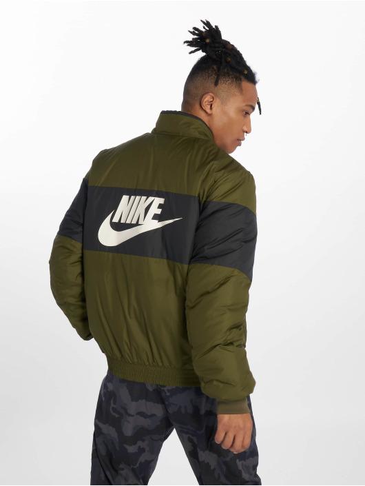 Nike Kurtki przejściowe Sportswear oliwkowy