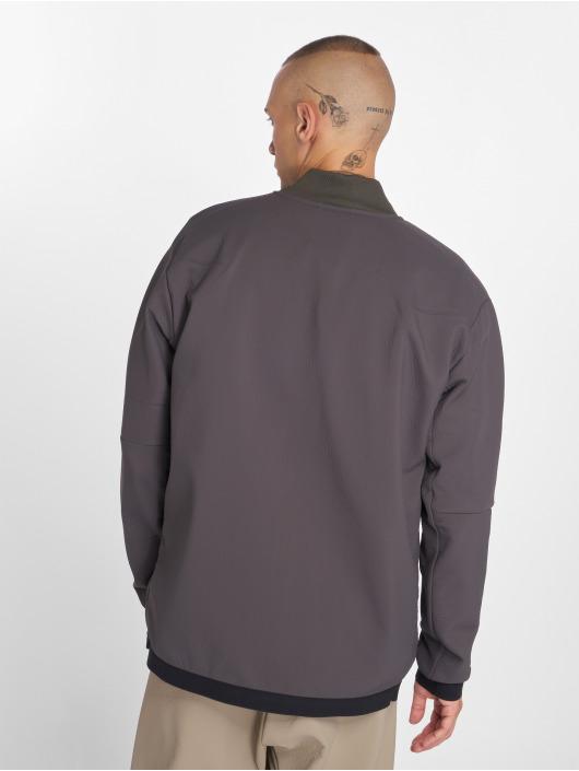 Nike Lightweight Jacket Tech Pack grey
