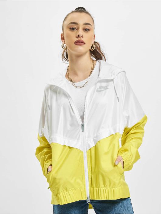 Nike Lightweight Jacket  white