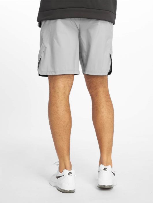 Nike Performance Šortky Flex šedá