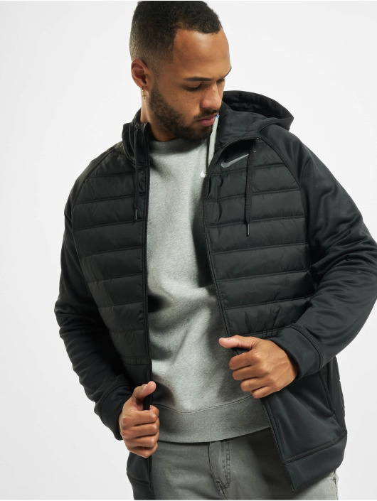 Nike Performance Демисезонная куртка Thrma Fz Wntrzd черный