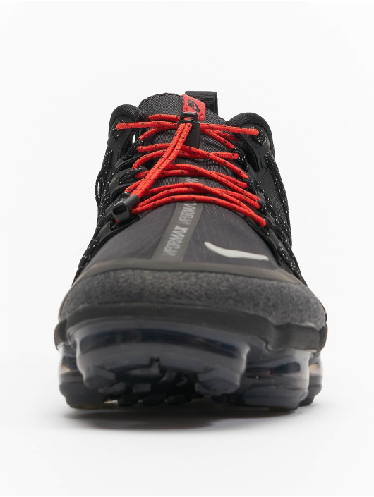 Nike Performance Baskets VaporMax Run Utility noir