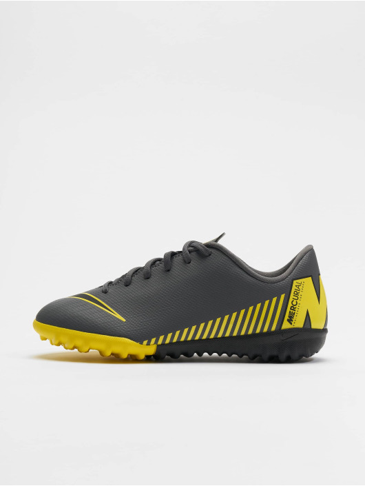 Nike Performance Outdoor Junior Vapor 12 Academy GS TF gray
