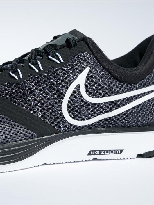 Nike Performance Sneakers Zoom Strike svart