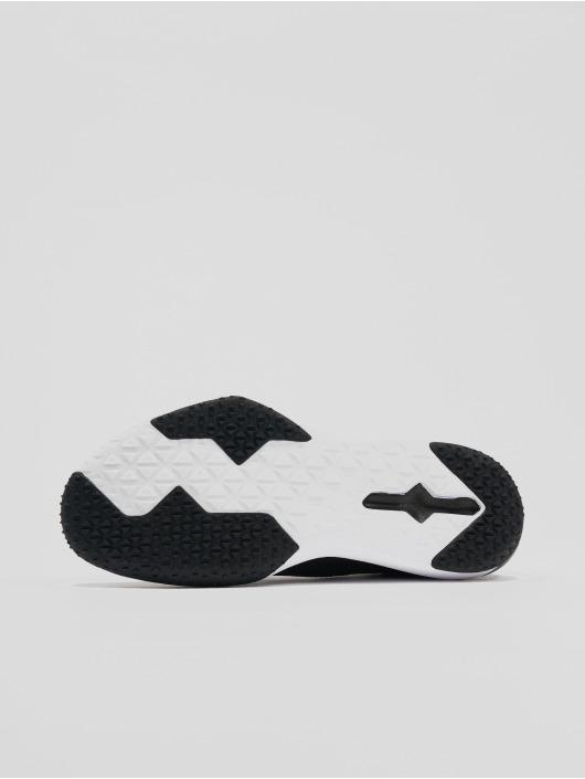 Nike Performance Sneakers Retaliation Trainer 2 svart