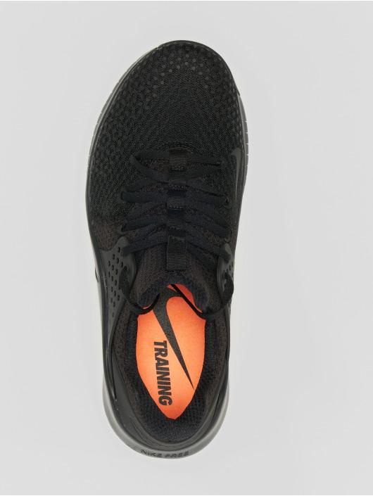Nike Performance Sneakers Free TR 8 svart