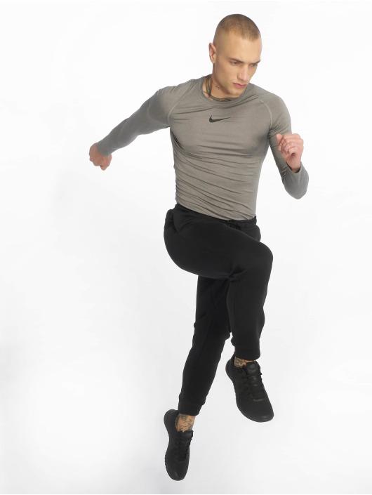 Nike Performance Sportshirts Fitted šedá