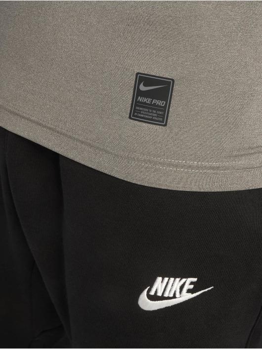 Nike Performance Sportshirts Fitted grau