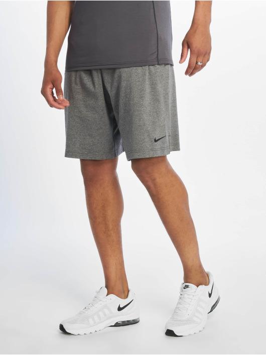 Nike Performance Sportshorts Dri-Fit Cotton grå
