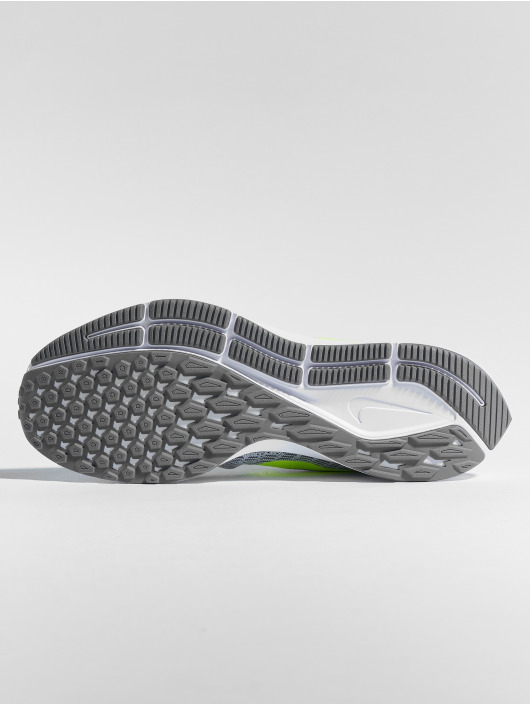 Nike Performance Tøysko Zoom Pegasus 35 hvit