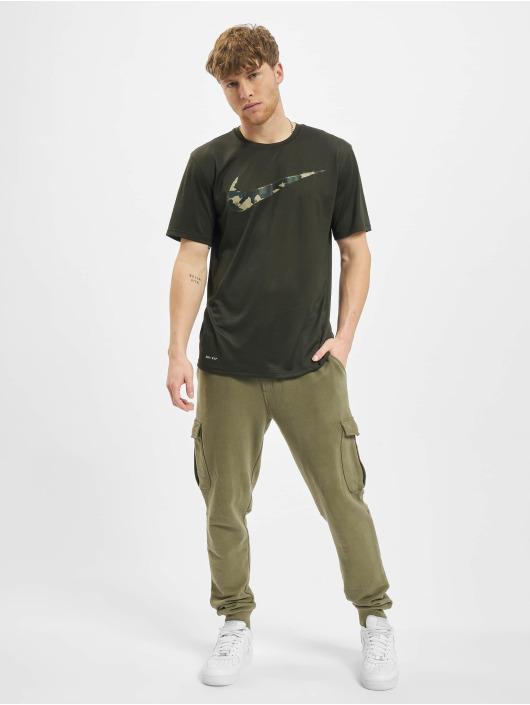 Nike Performance T-Shirt Dry Tee Leg Camo Swsh olive