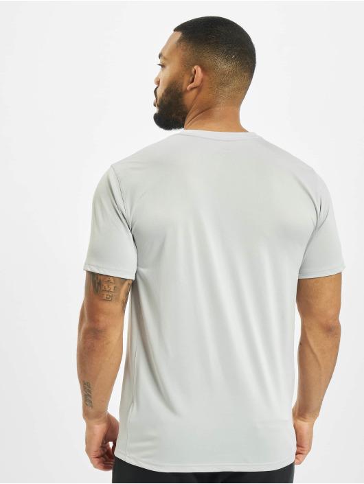 Nike Performance T-shirts Dry Tee Leg Camo Swsh grå