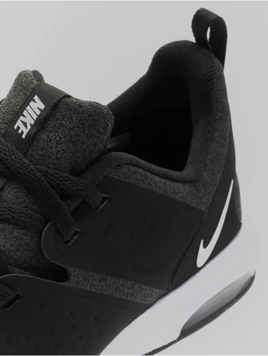 Nike Performance Tennarit Air Bella Training musta