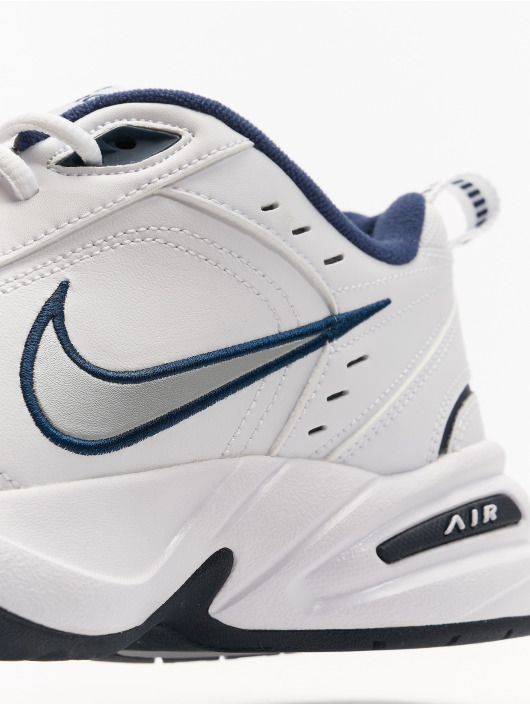 timeless design 28b83 1a79c Nike Performance Tennarit Air Monarch IV Training valkoinen ...