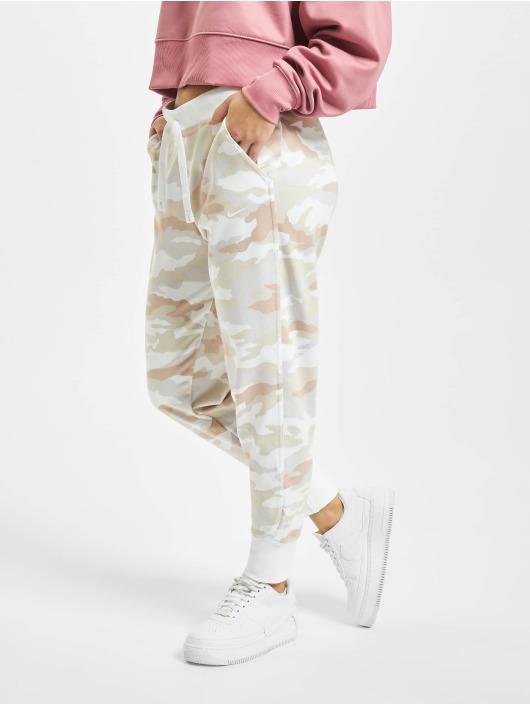Nike Performance tepláky Dry Get Fit Fleece Pt 7/8 Camo maskáèová