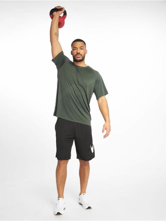 Nike Performance Tričká Pro zelená
