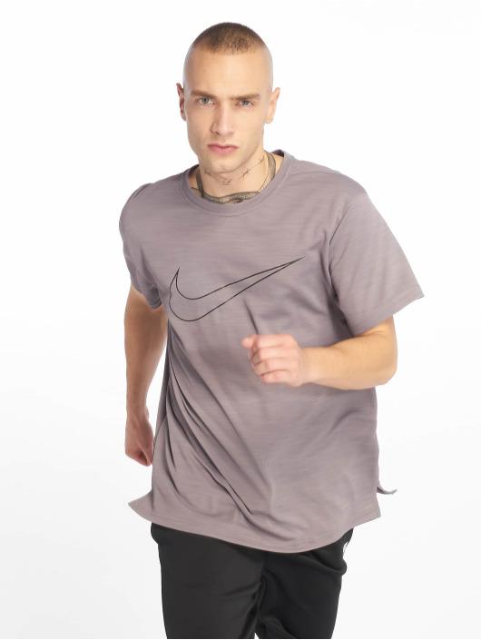 Nike Performance Urheilu T-paidat Superset harmaa