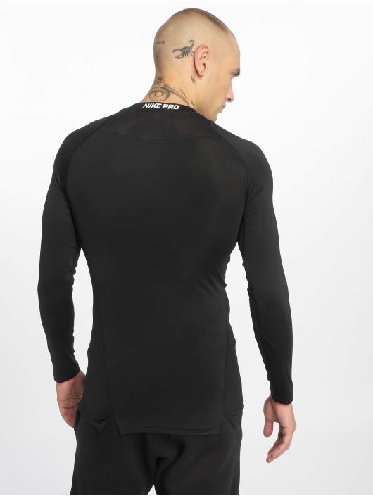 Nike Performance Urheilu T-paidat Fitted musta