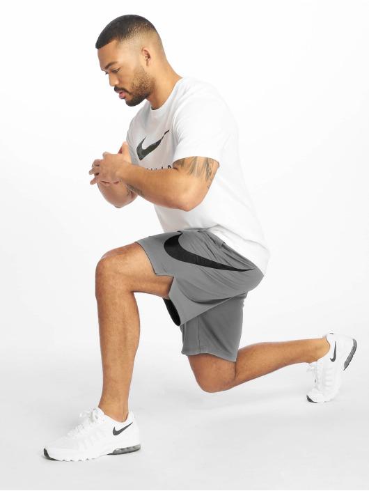 Nike Performance Urheilushortsit Dri-Fit harmaa