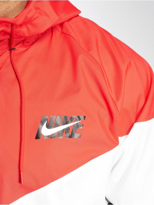 Nike Prechodné vetrovky Sportswear Windrunner èervená