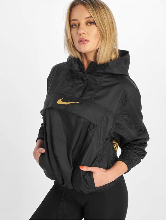 Nike Prechodné vetrovky Sportswear èierna