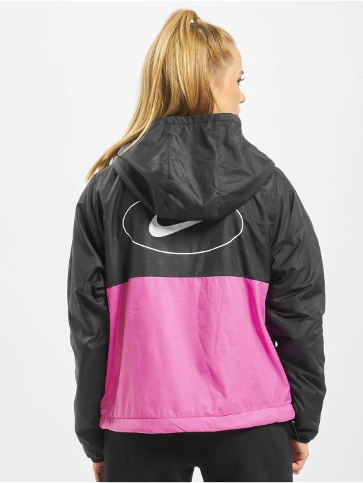 Nike Prechodné vetrovky Swoosh Syn èierna
