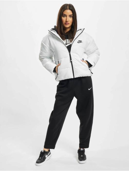 Nike Puffer Jacket Classic white