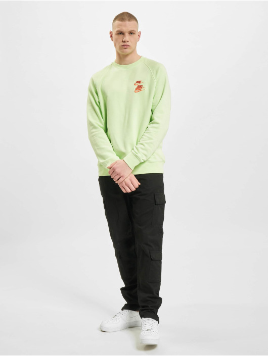 Nike Pullover Crew Worldtour green