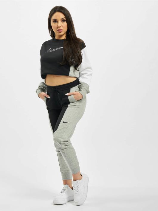 Nike Pullover Crew HBR schwarz