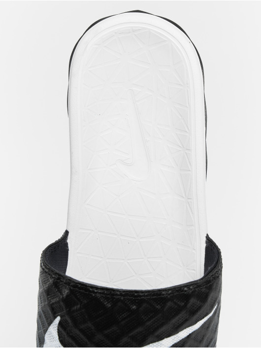 Nike Sandals Benassi Solarsoft Slide black