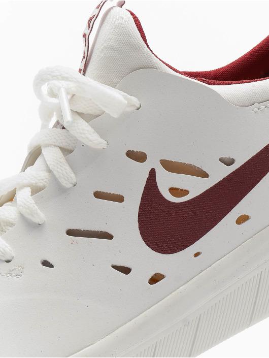 Nike SB Baskets Nyjah Free blanc