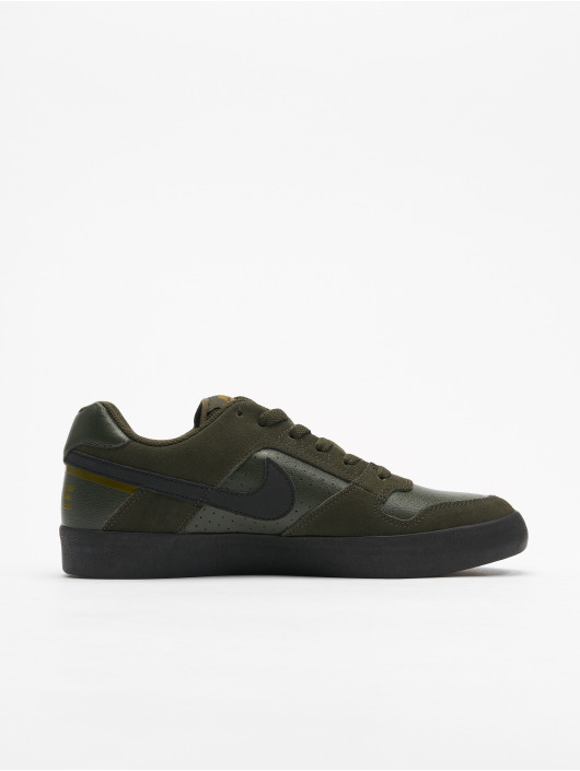 Nike SB Baskets SB Delta Force Vulc Skateboarding olive