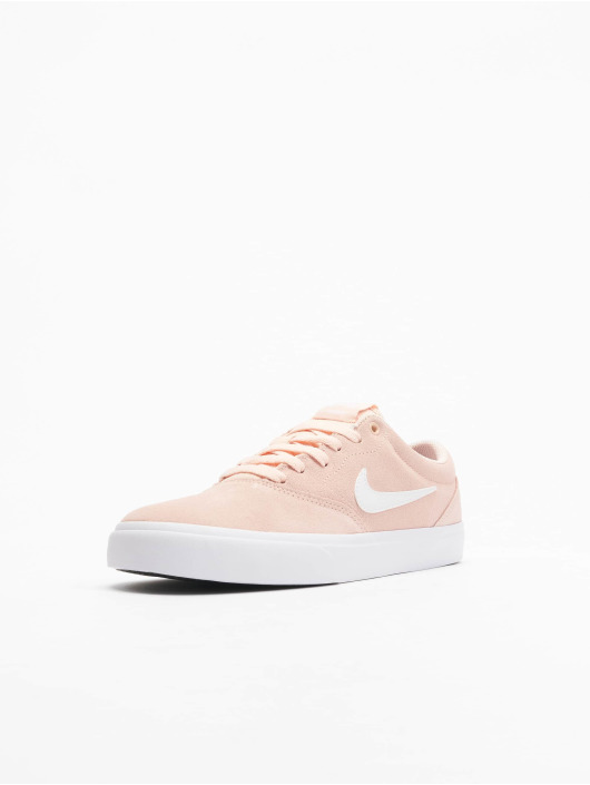 Nike SB Baskets SB Charge Suede rose