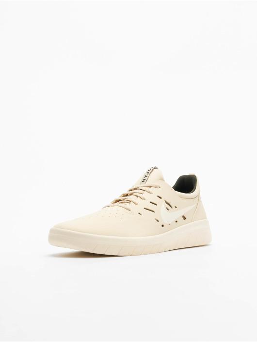 Nike SB Sneaker Nyjah Free Skateboarding beige