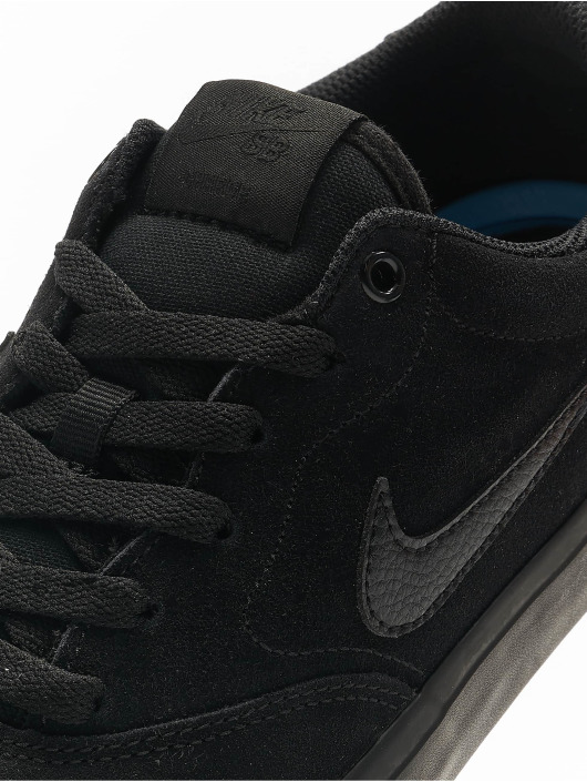 Nike SB Sneakers Charge Suede sort