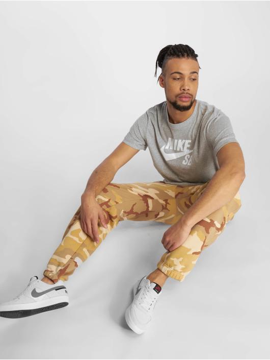 Nike SB T-Shirt Dri-Fit grau