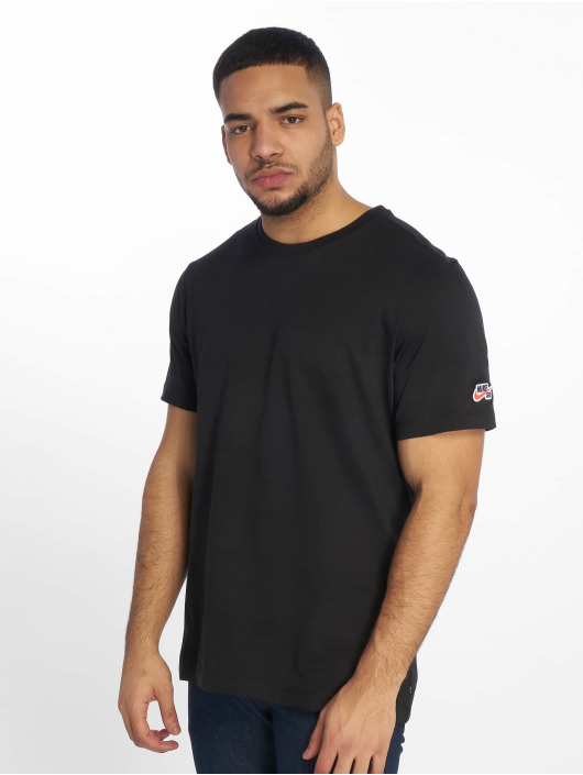 Nike SB T-Shirty Essential czarny